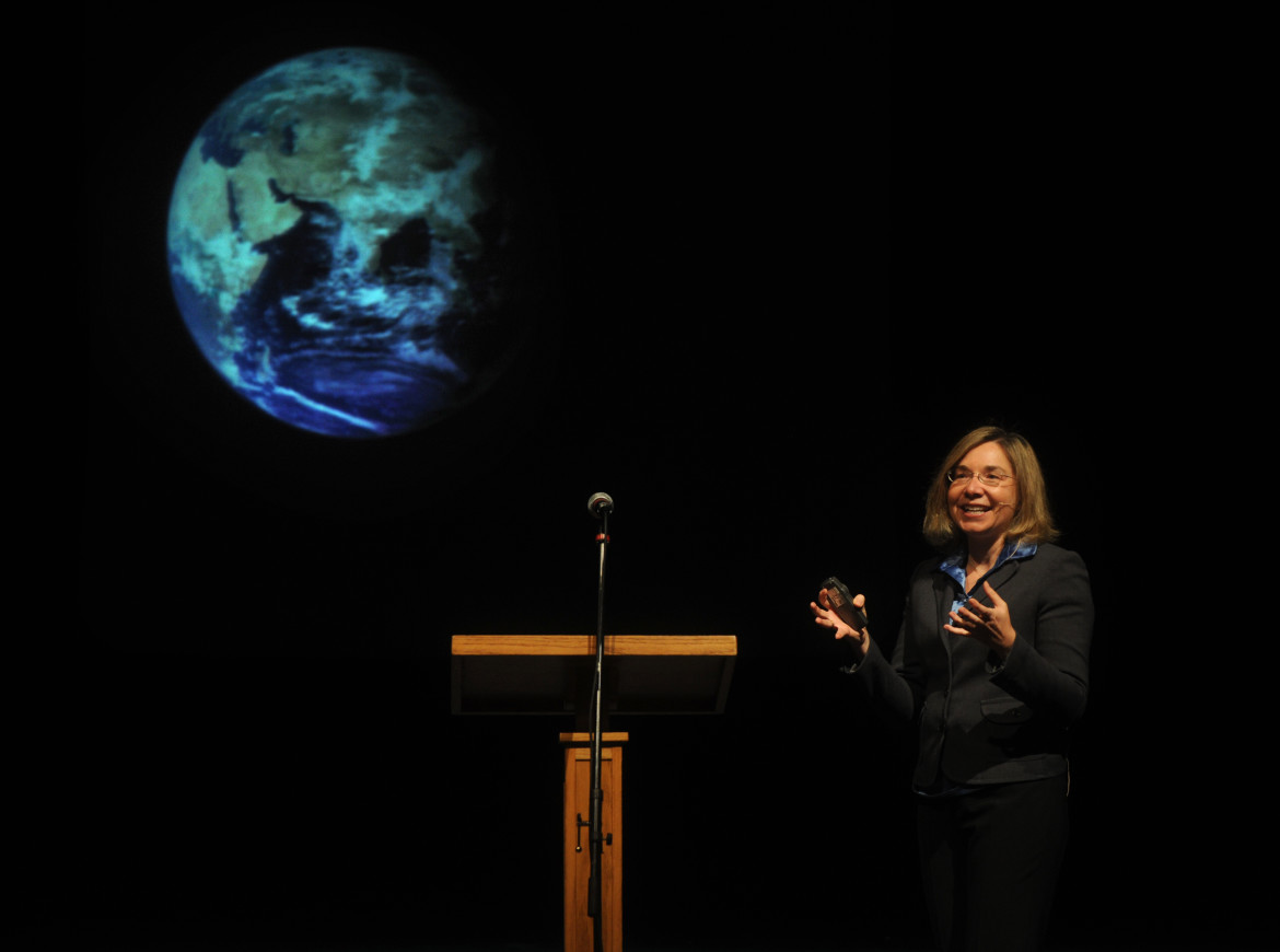 Climate scientist Katharine Hayhoe delivers her Faith Based Response to Climate Change talk to students and faculty during chapel at Hardin-Simmons University Tuesday, April 3, 2012, in Abilene, Texas. (AP Photo, Abilene Reporter-News/Nellie Doneva)